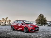 ford fiesta st rouge