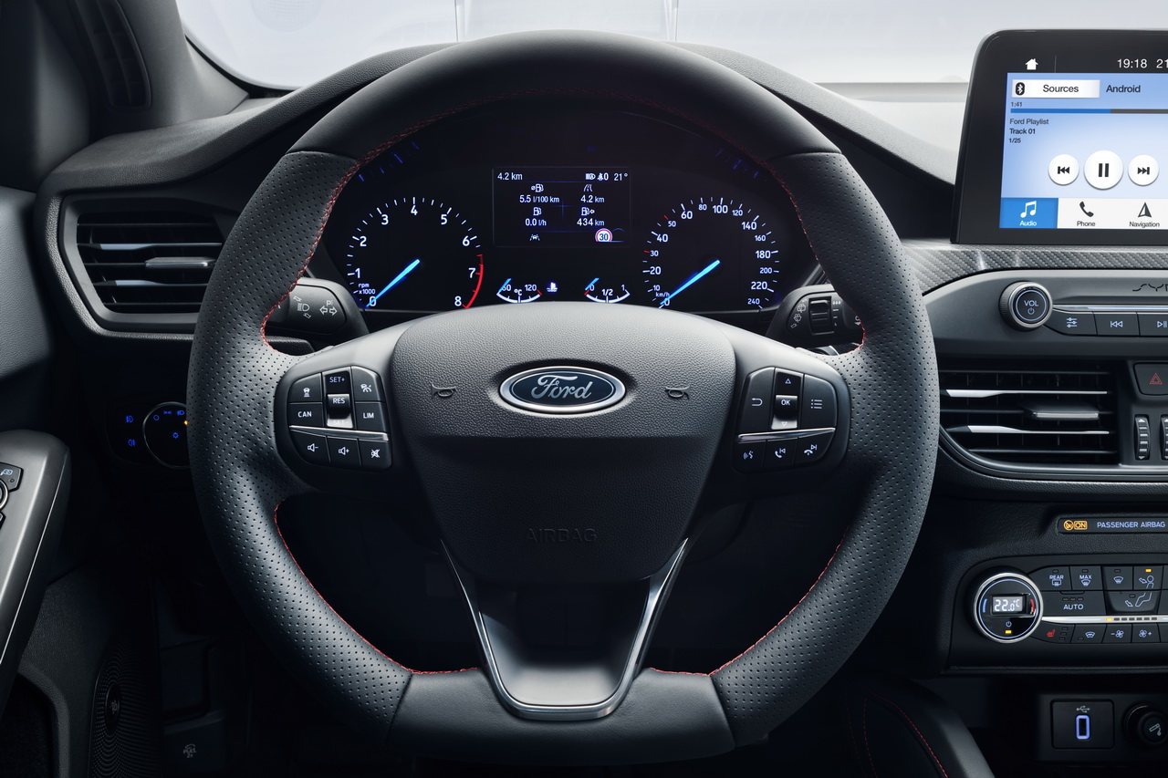 ford focus 2018 la nouvelle focus 4 en images photo 45 l 39 argus. Black Bedroom Furniture Sets. Home Design Ideas