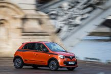 Renault Twingo GT orange action avant droit