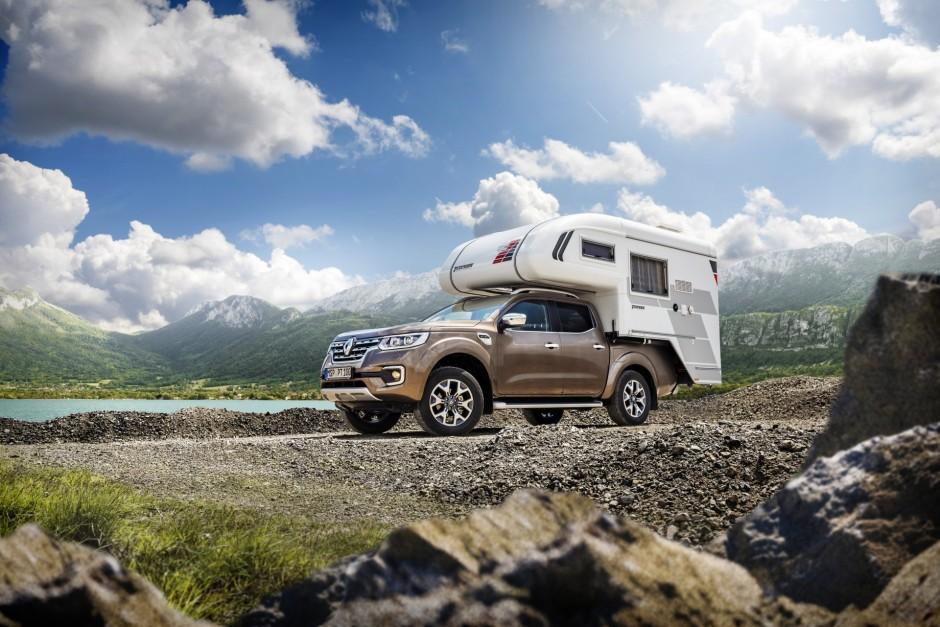 la saga des v hicules utilitaires de renault renault alaskan camping car 2016 l 39 argus. Black Bedroom Furniture Sets. Home Design Ideas