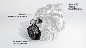 21216720-2018-moteur-hybride-dht-e-tech-redimensionner.jpg