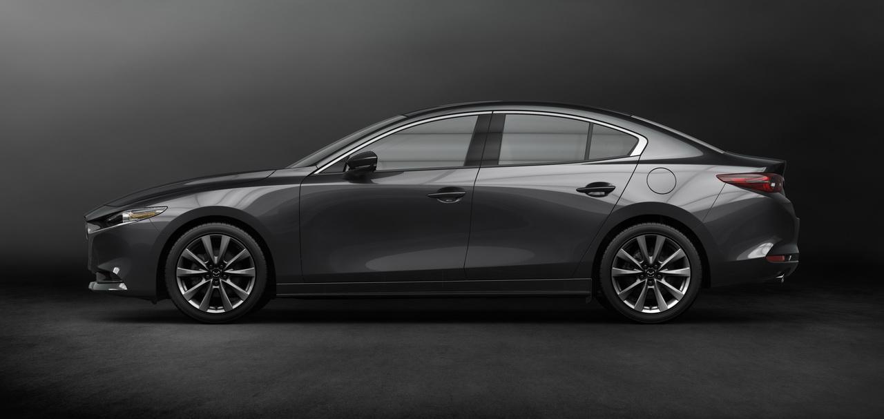 2018 - [Mazda] 3 IV - Page 11 22-mazda3-sdn-ext-8-redimensionner