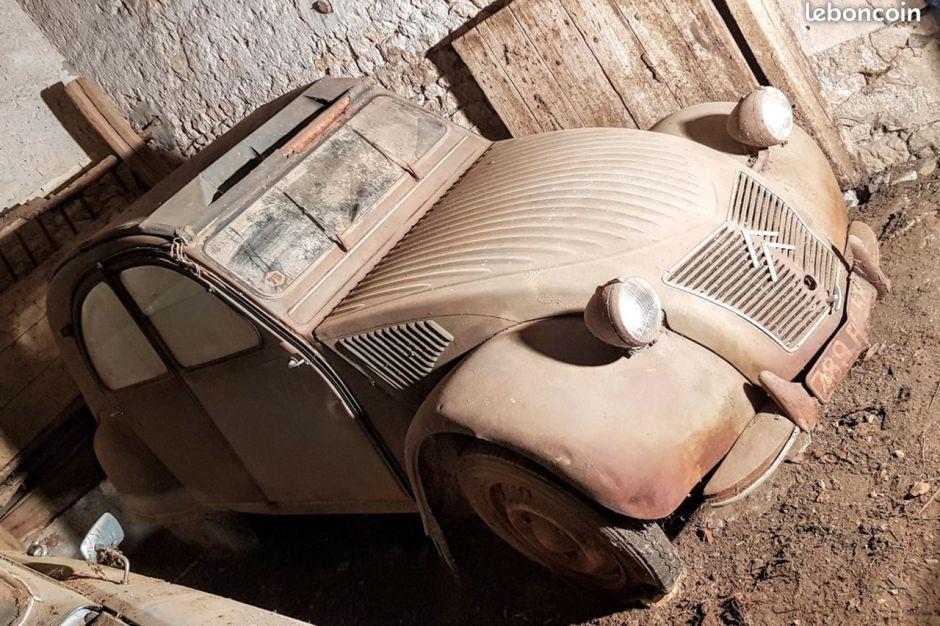 Sorties De Grange Des Pepites Denichees Sur Leboncoin Citroen 2cv 1955 1956 L Argus