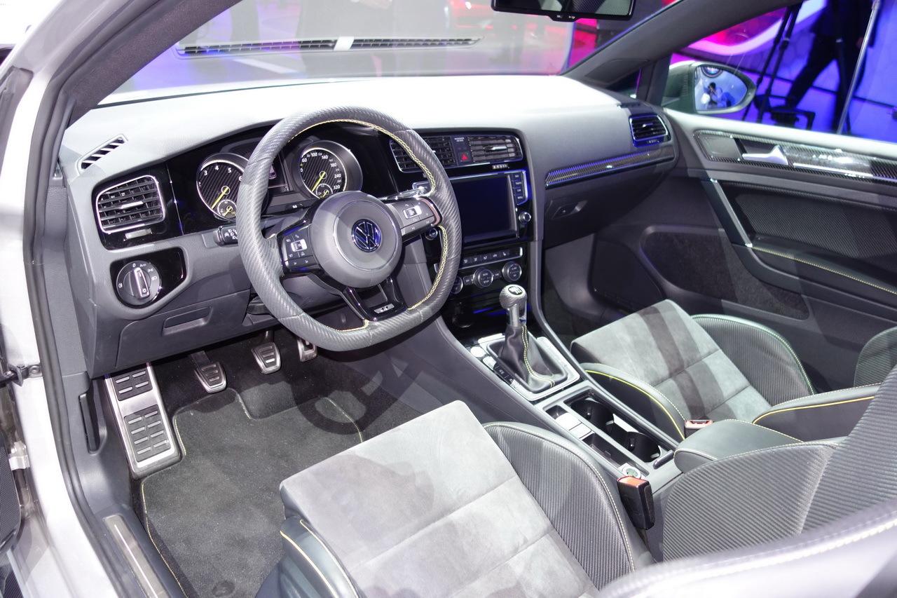 volkswagen golf r400 vs peugeot 308 r hybrid va y avoir du sport photo 27 l 39 argus. Black Bedroom Furniture Sets. Home Design Ideas