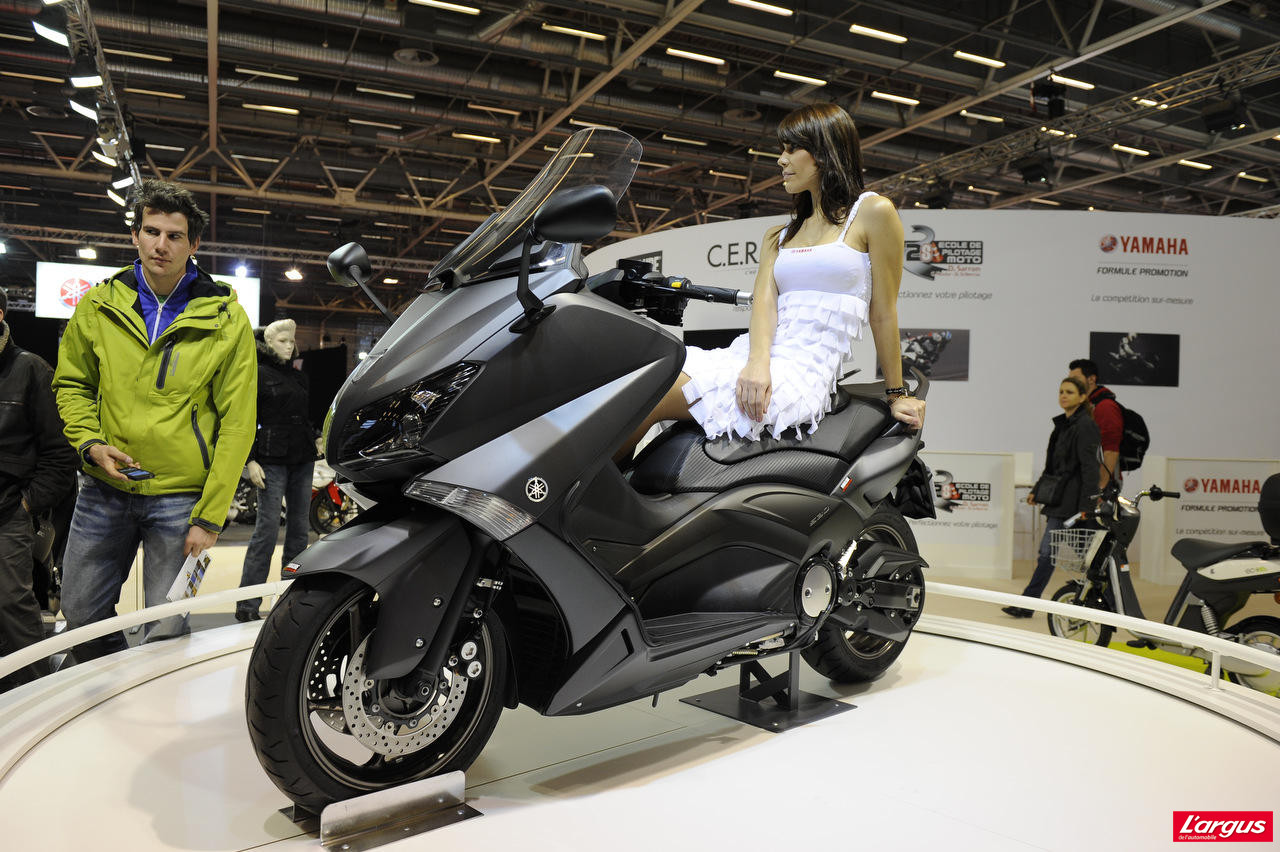 salon de la moto 2011 yamaha 530 t max l 39 argus. Black Bedroom Furniture Sets. Home Design Ideas