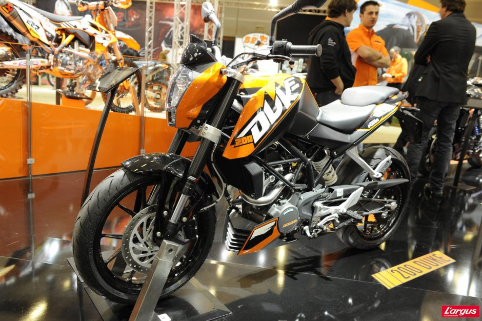 salon de la moto 2011 ktm 200 duke photo 6 l 39 argus. Black Bedroom Furniture Sets. Home Design Ideas