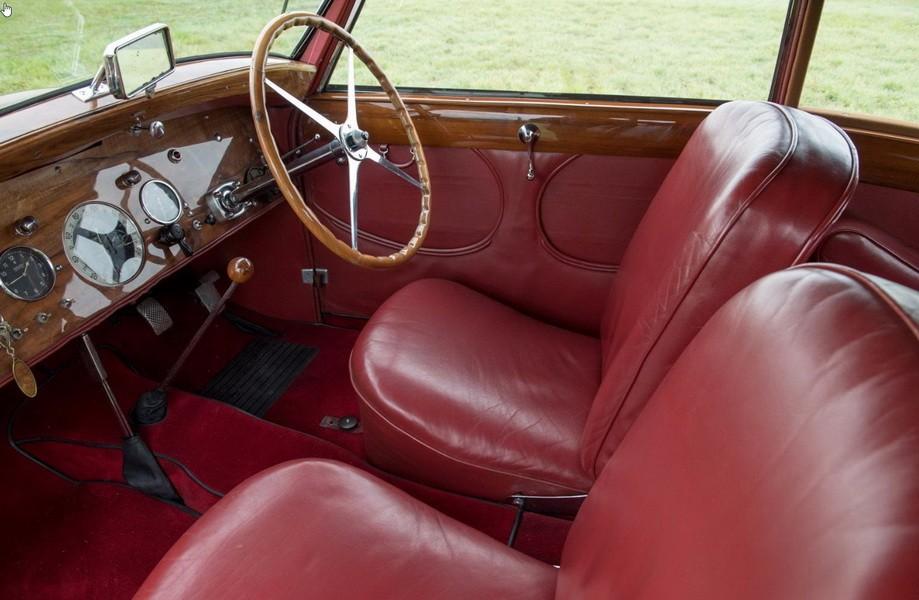 r tromobile 2017 les tr sors de la vente artcurial bugatti type 57 coach pre s rie gangloff. Black Bedroom Furniture Sets. Home Design Ideas