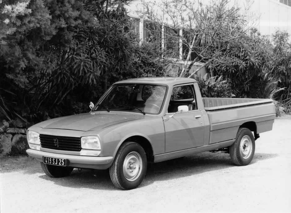 les petites histoires de la peugeot 504 voiture cam l on l 39 argus. Black Bedroom Furniture Sets. Home Design Ideas