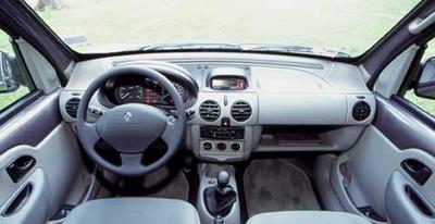 Renault kangoo 4 x 4 l 39 appel du large photo 3 l 39 argus for Interieur kangoo