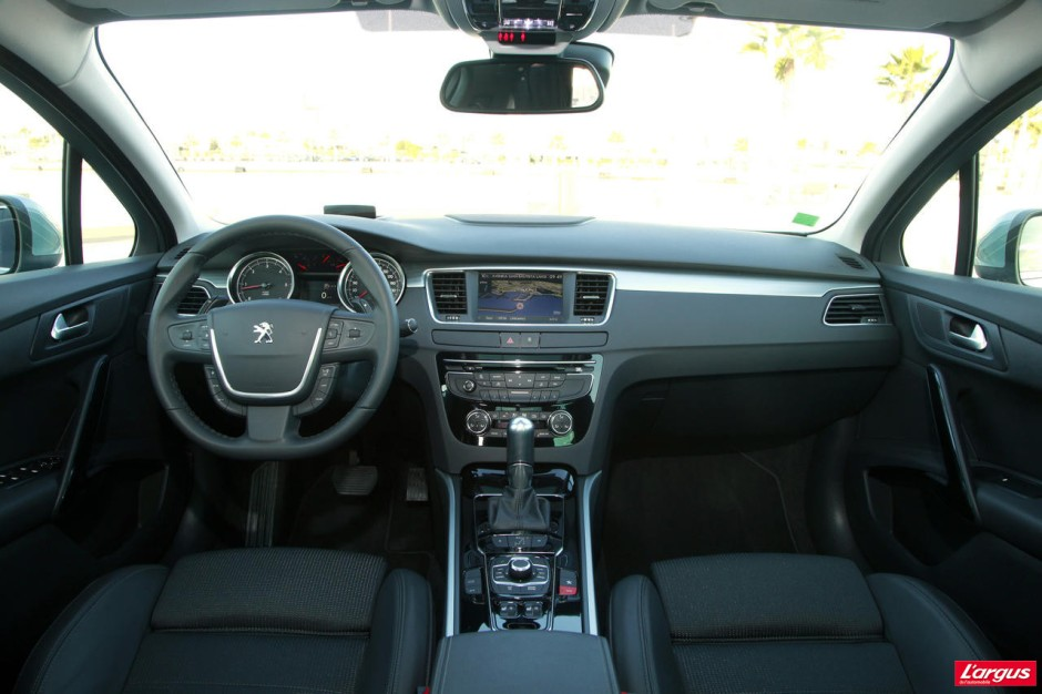 Peugeot 508 sw gt aff t e en tous points photo 10 l for Interieur 508 gt
