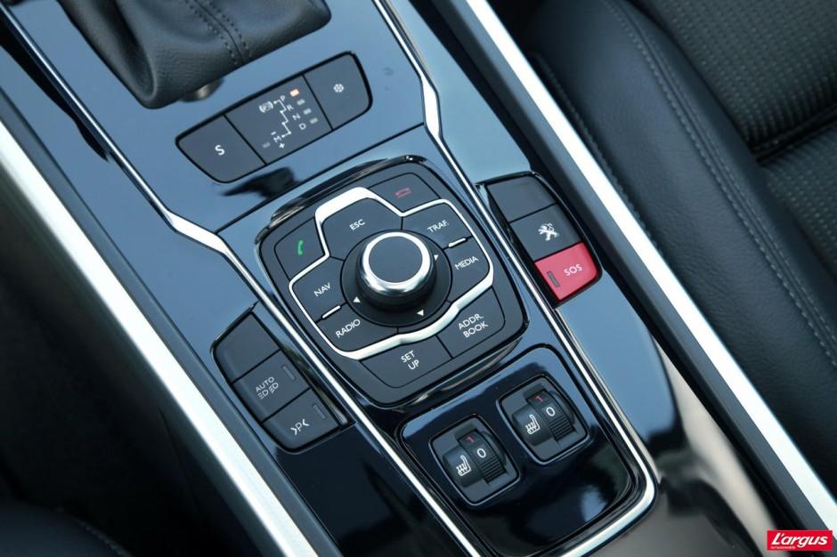 Peugeot 508 sw gt aff t e en tous points photo 12 l for Interieur 508 sw