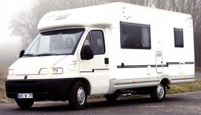 camping car mclouis 361 un profil prix d 39 ami photo 1 l 39 argus. Black Bedroom Furniture Sets. Home Design Ideas