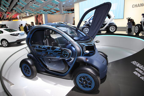 photo renault d voile le prix du v hicule lectrique twizy l 39 argus pro. Black Bedroom Furniture Sets. Home Design Ideas