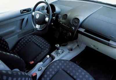 Mini cooper volkswagen beetle 1 6 ondes sensuelles for Interieur new beetle 2000