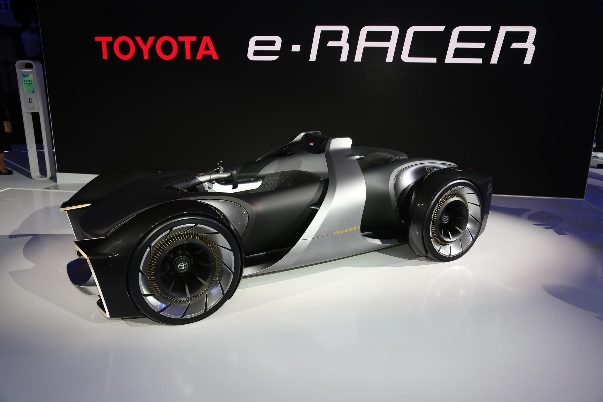 Toyota e-racer : le plaisir automobile n'est pas mort !