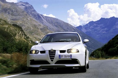 alfa romeo 147 gta le monstre gentil l 39 argus. Black Bedroom Furniture Sets. Home Design Ideas