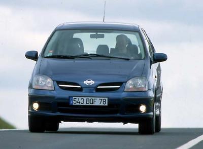 Nissan Almera Tino 2.2 VDi Ambiance : un rival plutôt bien