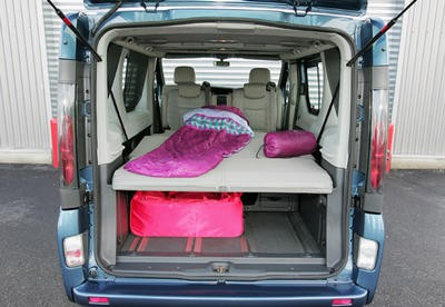 Renault trafic g n ration 2 5 dci renault grand espace 2 for Habillage interieur camion