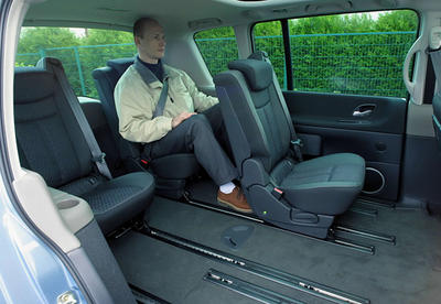 renault espace iv toujours roi photo 4 l 39 argus. Black Bedroom Furniture Sets. Home Design Ideas