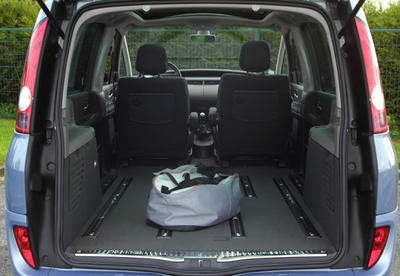renault espace iv toujours roi photo 3 l 39 argus. Black Bedroom Furniture Sets. Home Design Ideas