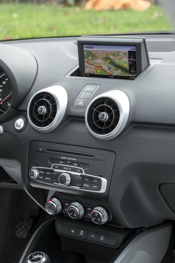 Essai comparatif mini cooper 5 portes vs audi a1 sportback photo 16 l 39 argus - Audi a1 5 portes d occasion ...