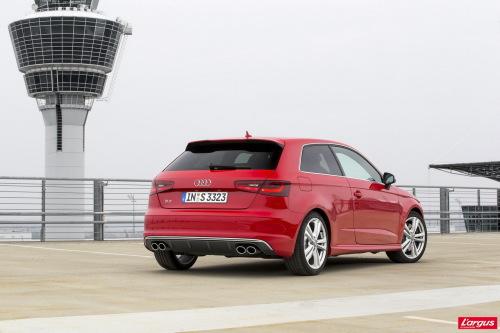 Audi A3 quattro Audi S3 2013 : 300 ch à l'essai !
