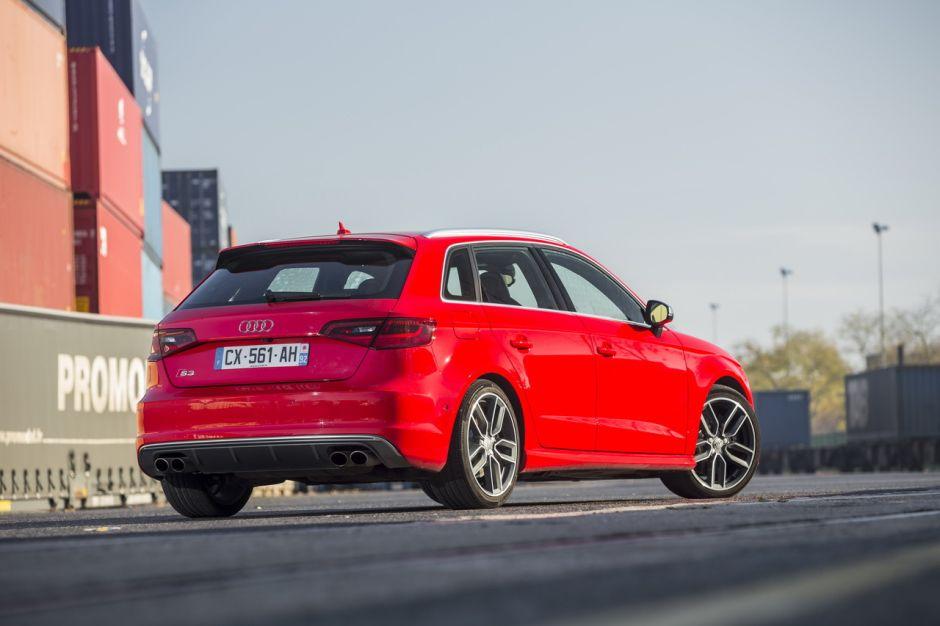 Essai comparatif : Mercedes A45 AMG vs Audi S3 Sportback ...