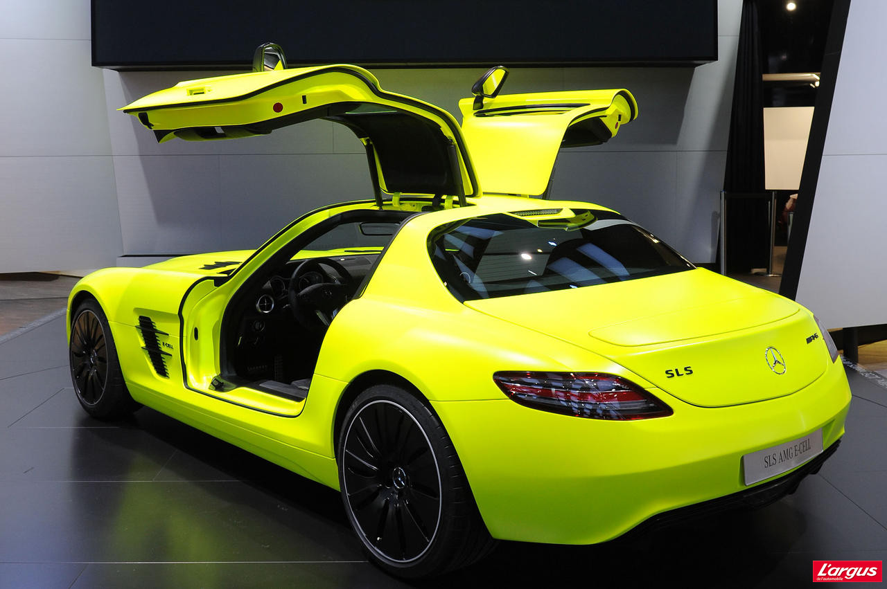 d troit 2011 mercedes sls amg e cell l 39 argus. Black Bedroom Furniture Sets. Home Design Ideas