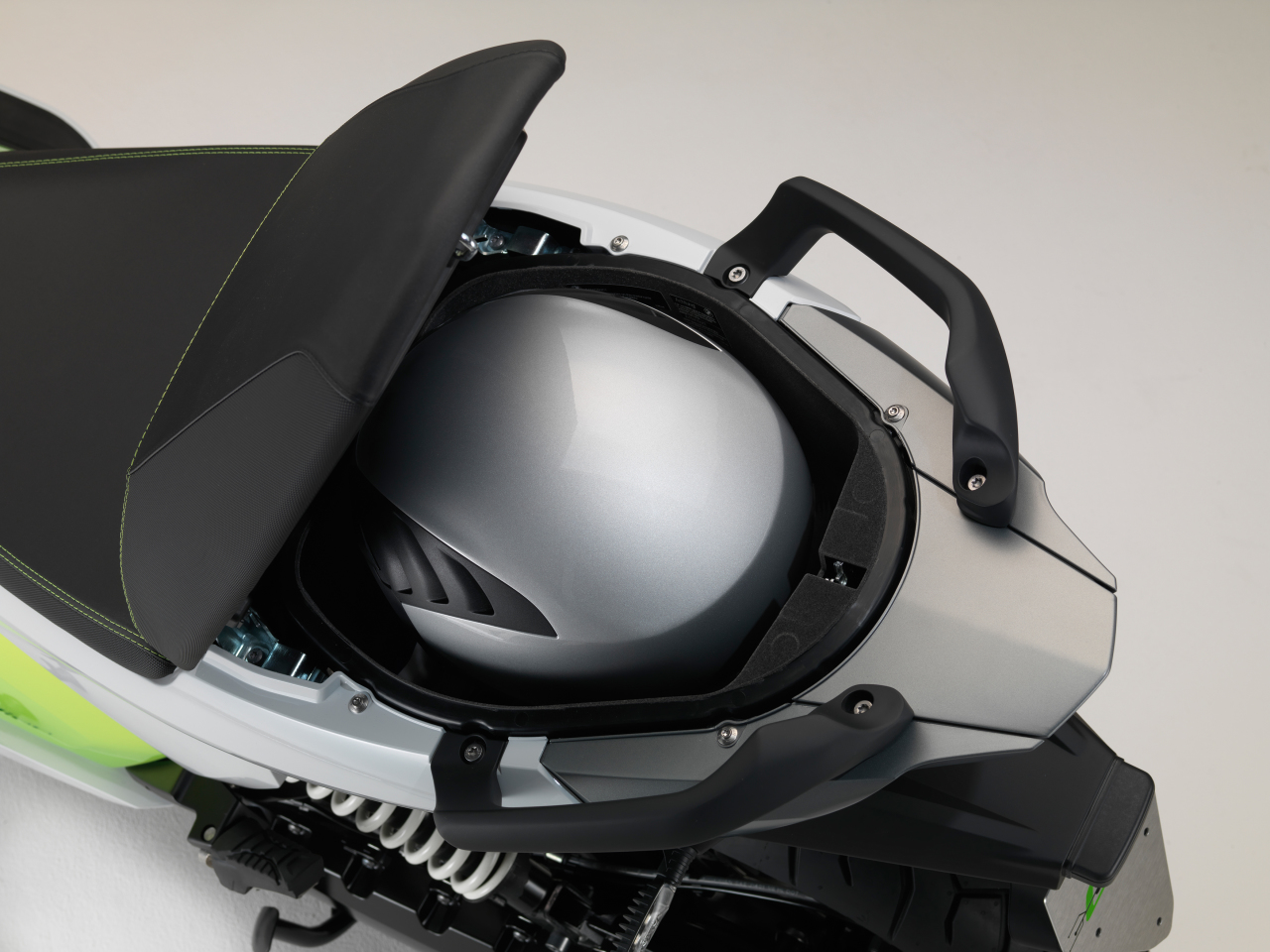 essai du maxi scooter lectrique bmw c evolution photo 8 l 39 argus. Black Bedroom Furniture Sets. Home Design Ideas