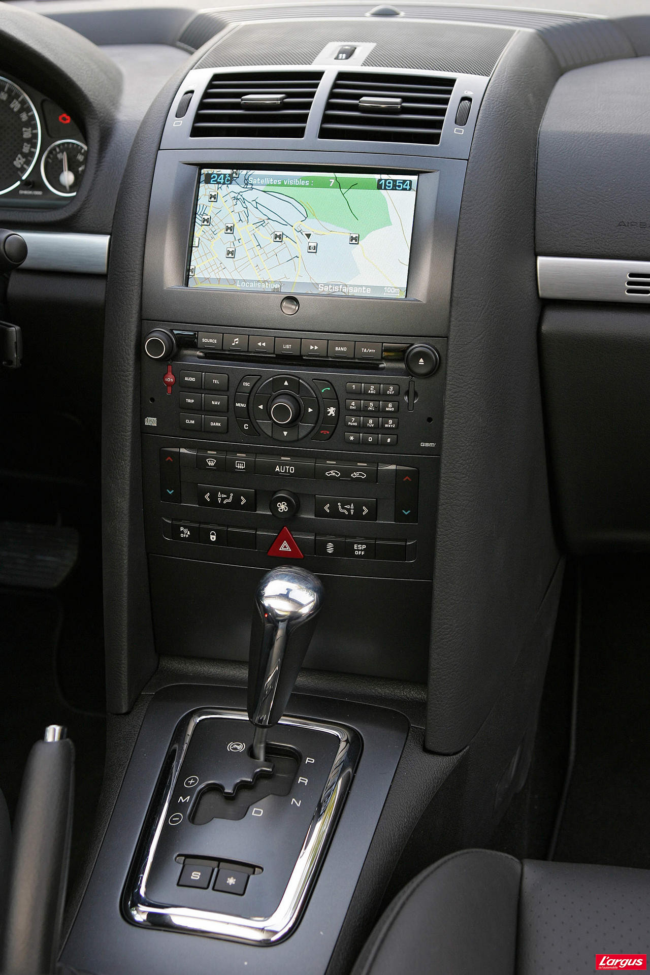Image gallery peugeot 407 annee 2008 for Interieur 407