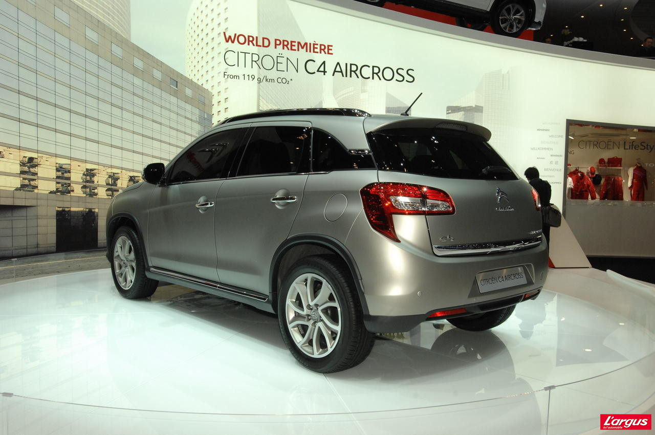 citroen c4 aircross la gamme et les tarifs salon de gen ve 2012. Black Bedroom Furniture Sets. Home Design Ideas