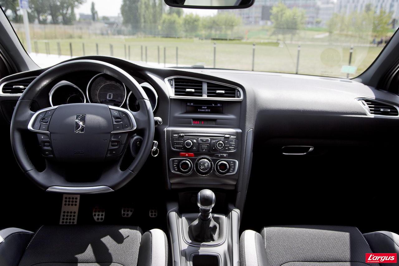 Camaro Vs Mustang >> La Volvo V40 affronte la Citroën DS4 - Photo #10 - L'argus