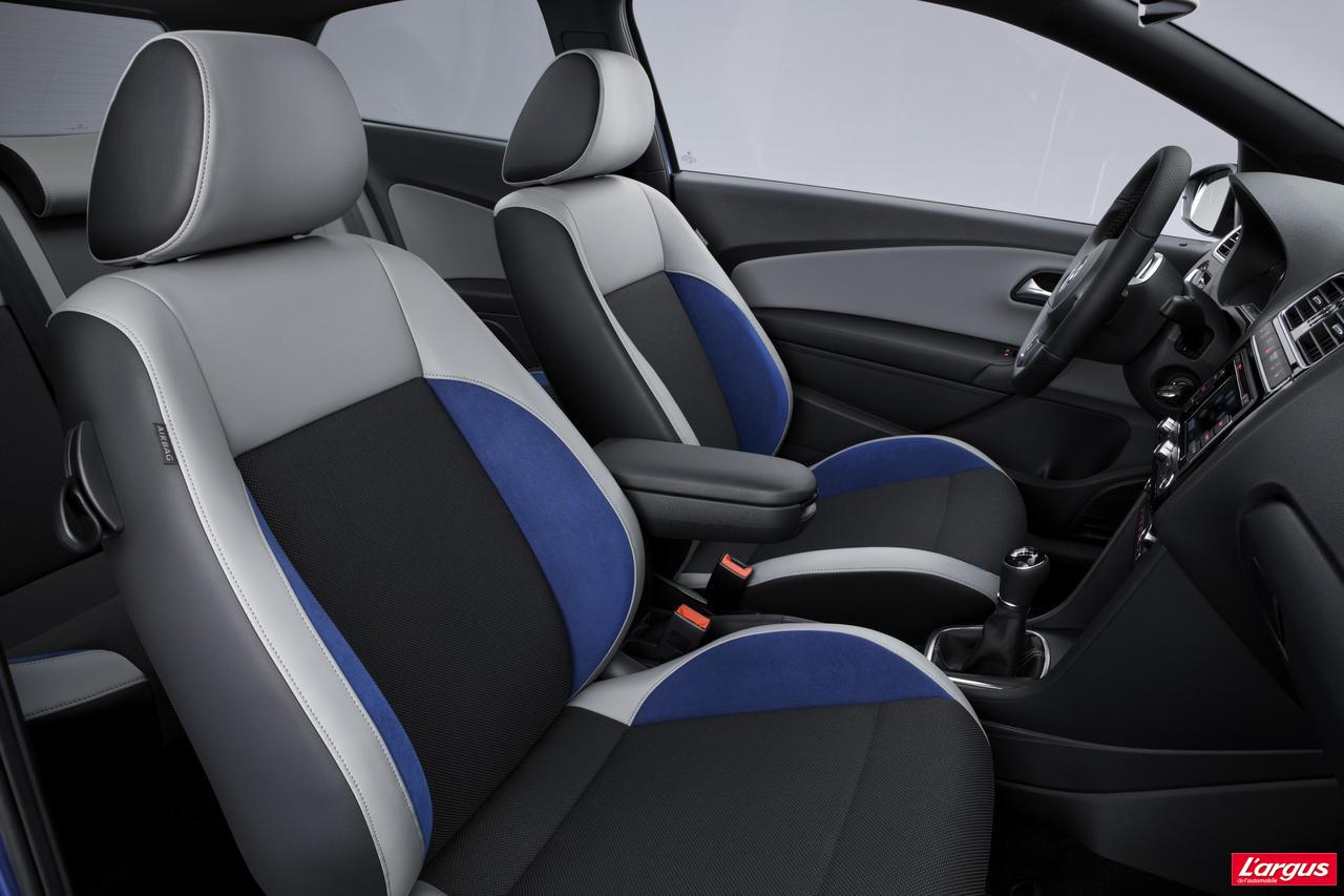 volkswagen polo polo blue gt g om trie variable salon de gen ve 2012. Black Bedroom Furniture Sets. Home Design Ideas