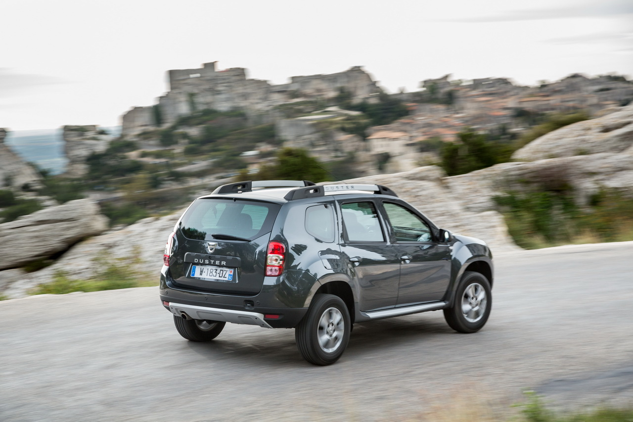 argus dacia duster nouveau dacia duster l 39 essai du tce 125 photo 6 l 39 argus dacia duster. Black Bedroom Furniture Sets. Home Design Ideas