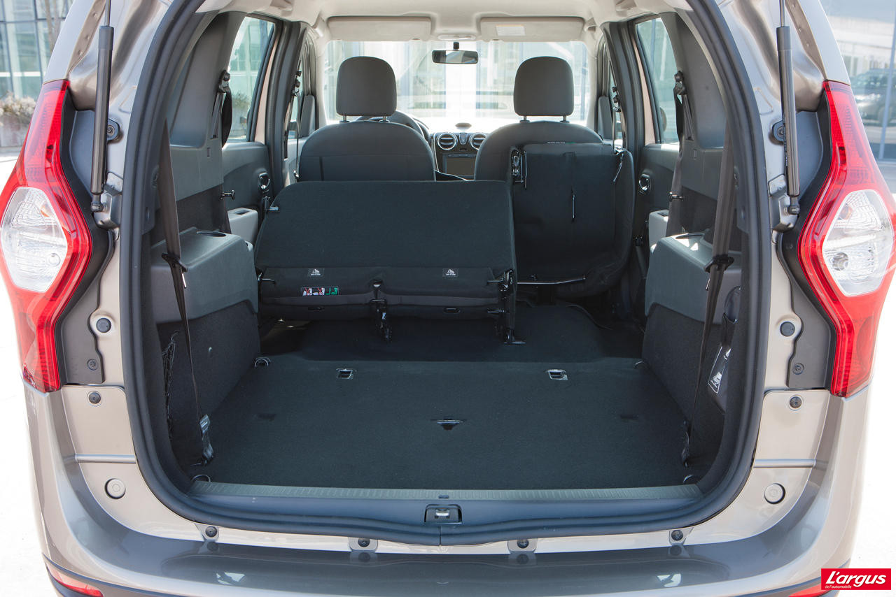 le dacia lodgy dans le d tail photo 27 l 39 argus. Black Bedroom Furniture Sets. Home Design Ideas