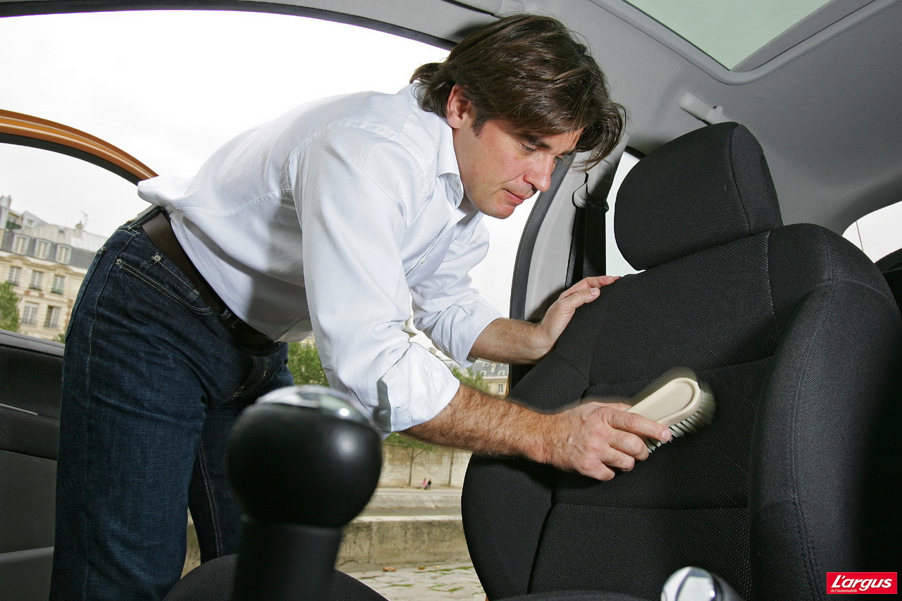 entretien auto nos conseils pour garder sa voiture comme. Black Bedroom Furniture Sets. Home Design Ideas