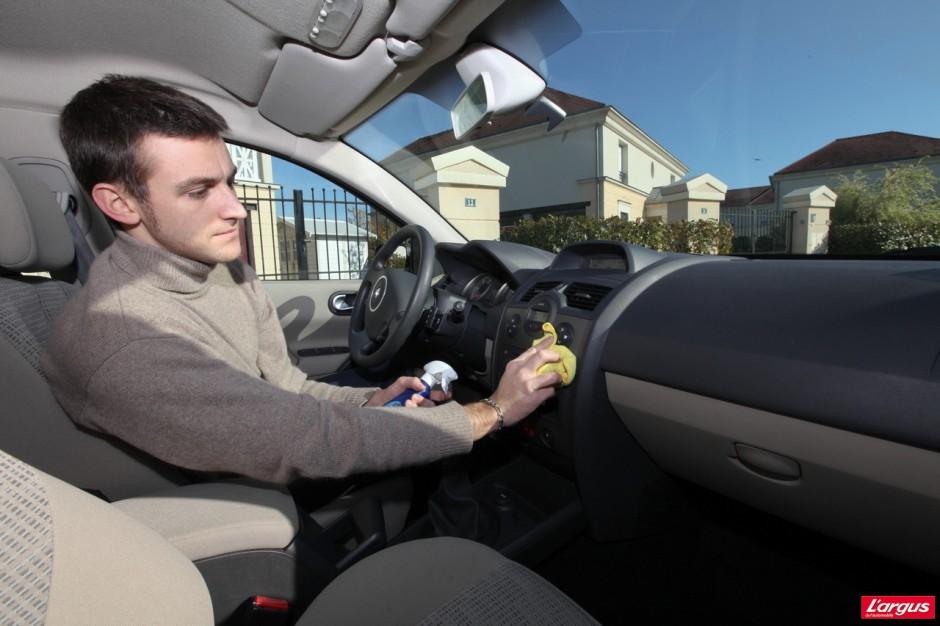 entretien auto nos conseils pour garder sa voiture comme neuve photo 8 l 39 argus. Black Bedroom Furniture Sets. Home Design Ideas