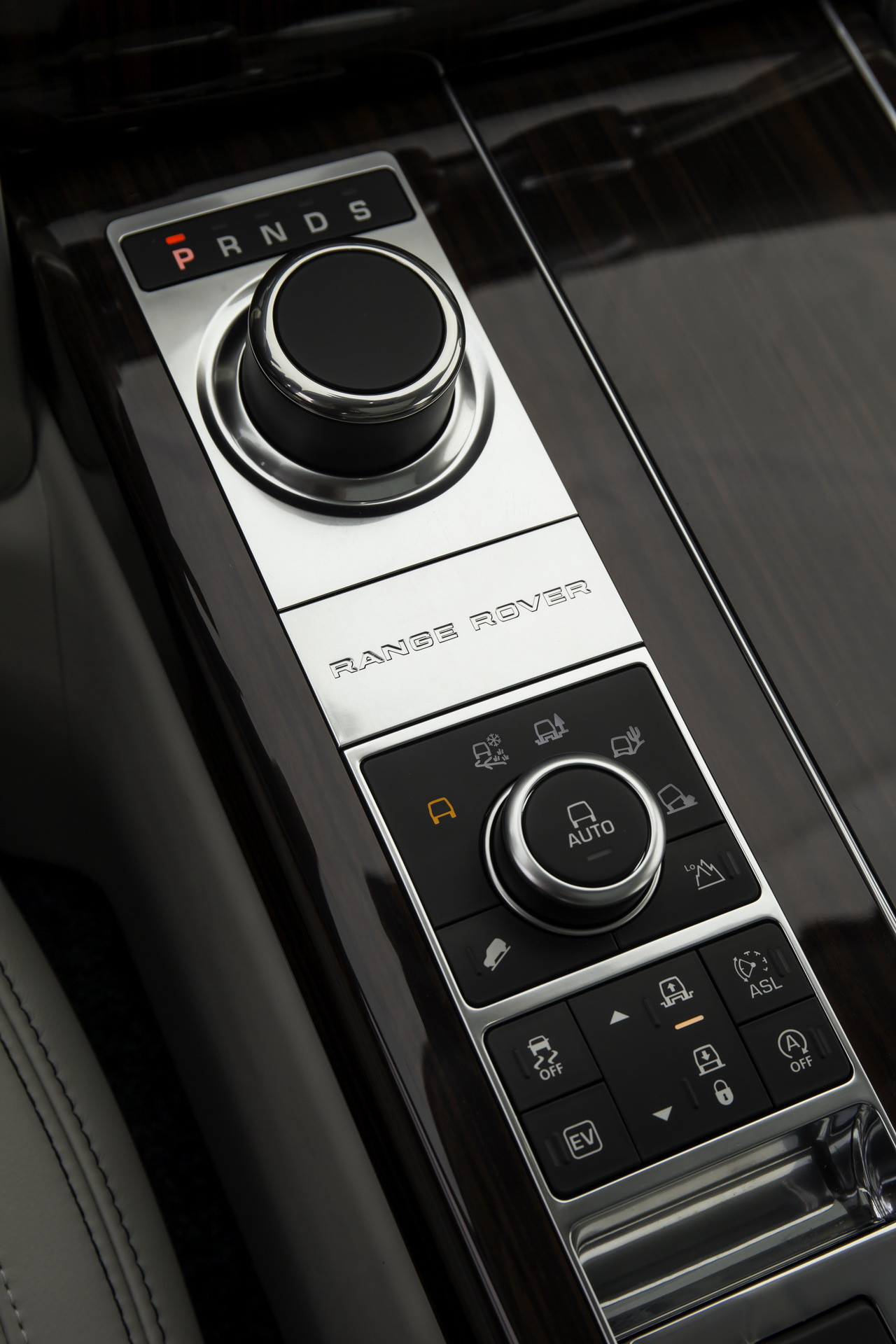 Range Rover Evoque SD4 BVA9 (2014) : mise à neuf - L'argus