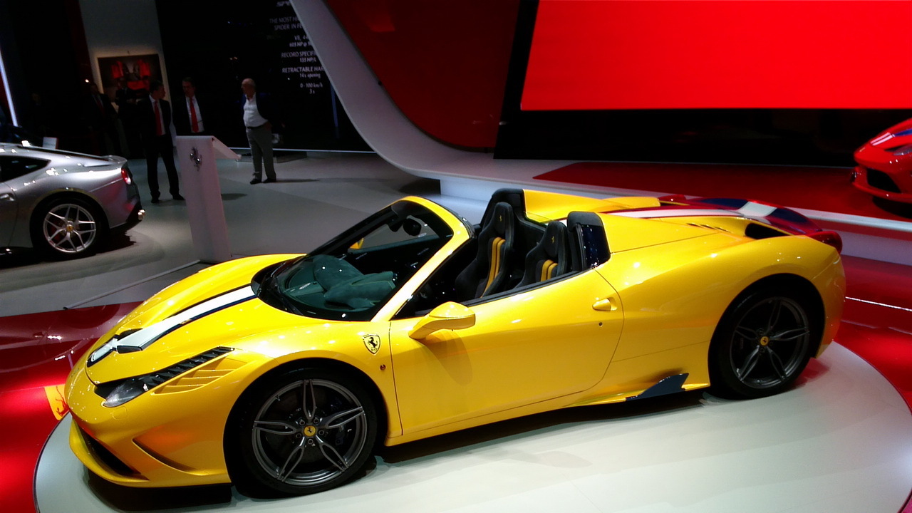 mondial auto 2014 ferrari l ve le voile sur la 458 speciale a photo 2 l 39 argus. Black Bedroom Furniture Sets. Home Design Ideas