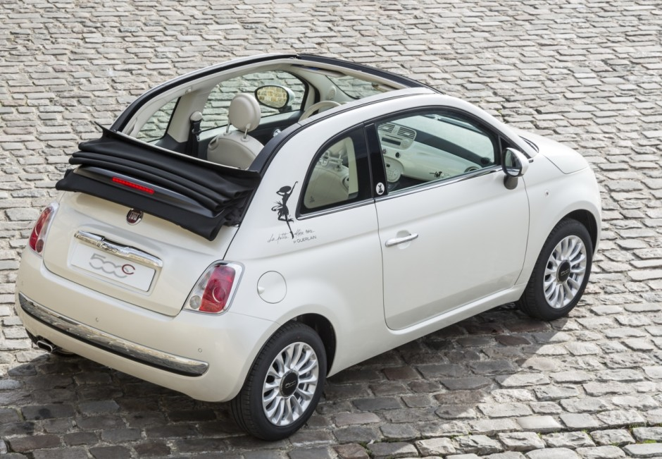 fiat 500 s rie limit e guerlain la petite robe noire photo 2 l 39 argus. Black Bedroom Furniture Sets. Home Design Ideas