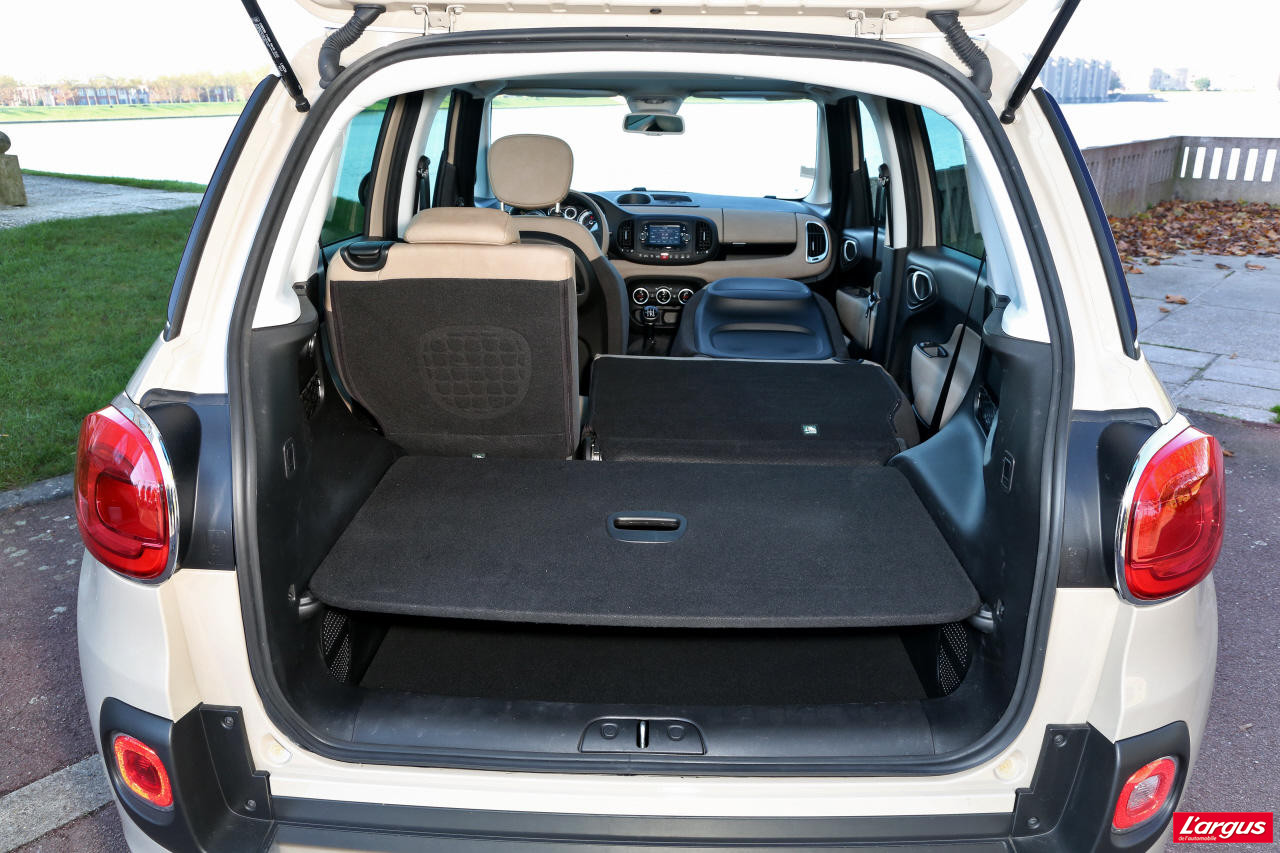 la fiat 500l face 4 concurrentes photo 28 l 39 argus. Black Bedroom Furniture Sets. Home Design Ideas