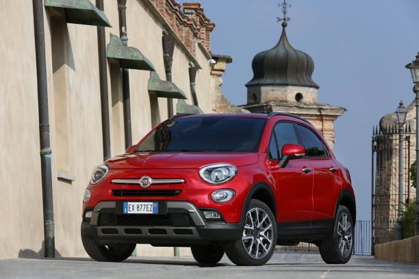 prix fiat 500x 2015 le suv de fiat partir de 15 990 l 39 argus. Black Bedroom Furniture Sets. Home Design Ideas