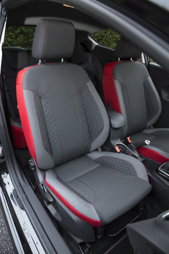 ford fiesta black edition le 1 0 ecoboost 140 l 39 essai photo 42 l 39 argus. Black Bedroom Furniture Sets. Home Design Ideas