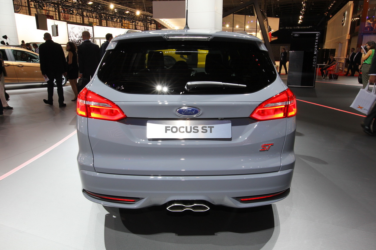 mondial auto 2014 ford focus st sw photo 5 l 39 argus. Black Bedroom Furniture Sets. Home Design Ideas