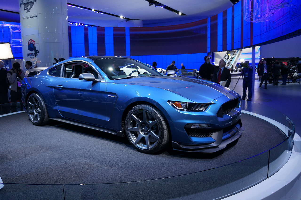 en direct de detroit 2015 ford shelby gt350r mustang photo 2 l 39 argus. Black Bedroom Furniture Sets. Home Design Ideas