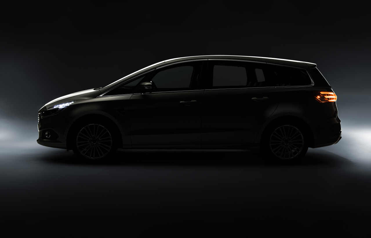 2015 - [Ford] Galaxy III - Page 5 Ford%2Dgalaxy%2D2015%2D%2Ejpg