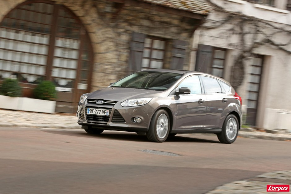 ford focus l 39 essence mieux que le diesel photo 26 l 39 argus. Black Bedroom Furniture Sets. Home Design Ideas