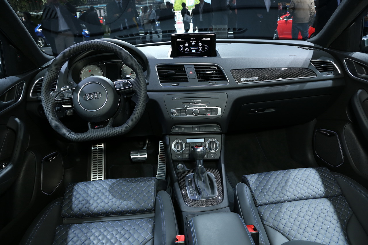 Rs q3 france news for Audi q3 photos interieur