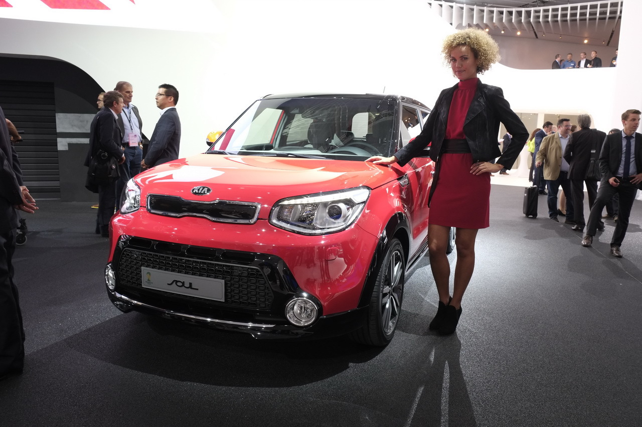 kia soul une version lectrique du kia soul en 2014 salon de francfort 2013. Black Bedroom Furniture Sets. Home Design Ideas
