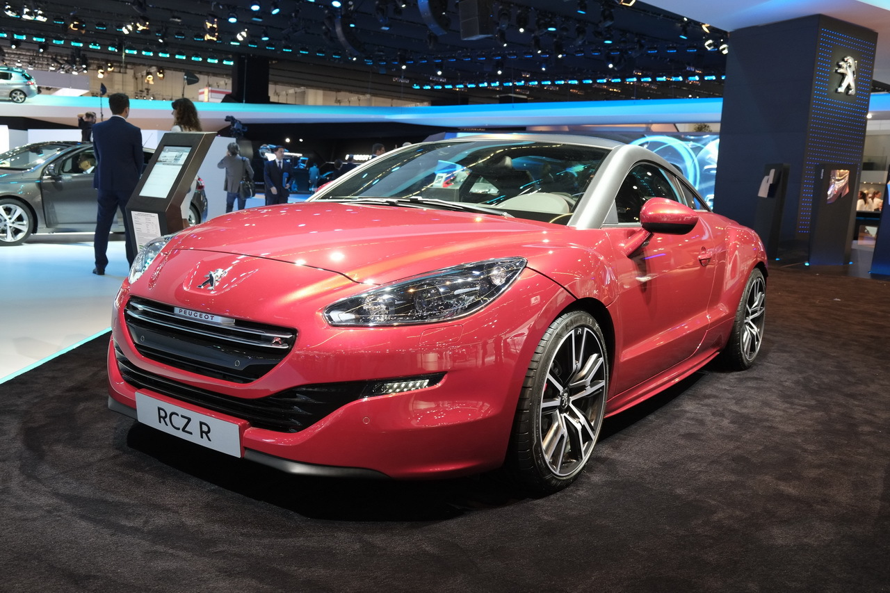 peugeot rcz r du panache pour 42 900 salon de francfort 2013. Black Bedroom Furniture Sets. Home Design Ideas